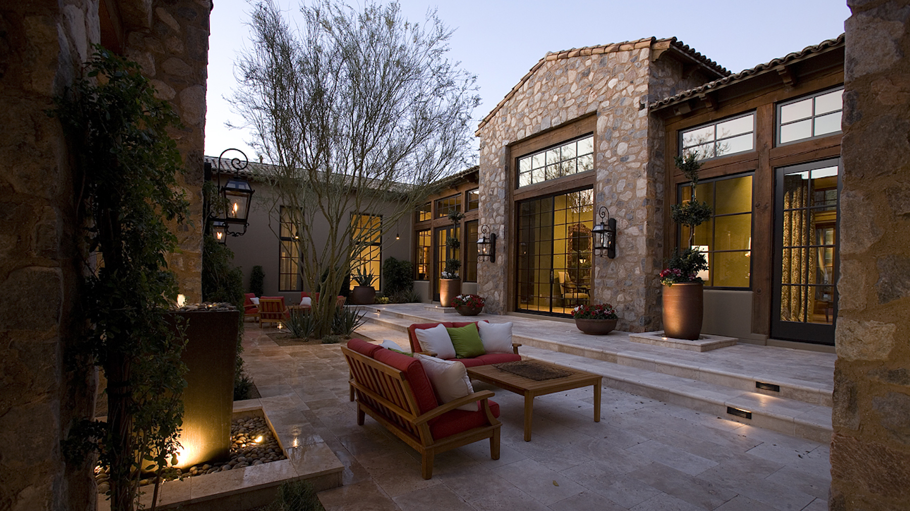 Silverleaf Estate architecture by Drewett Works